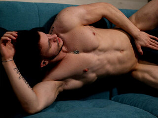 Adonis Fitt
