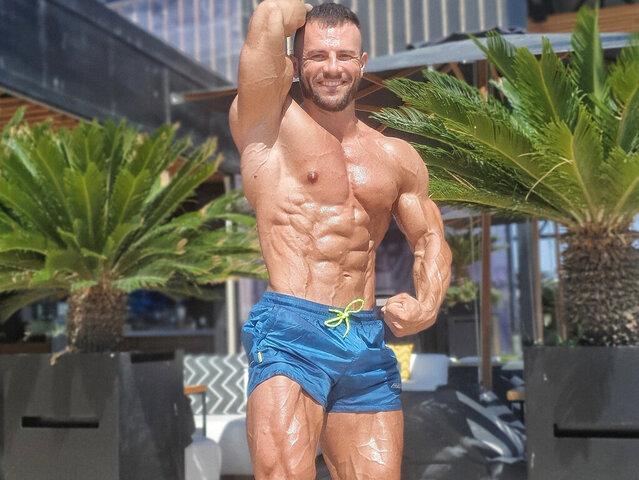 Joshua Muscle